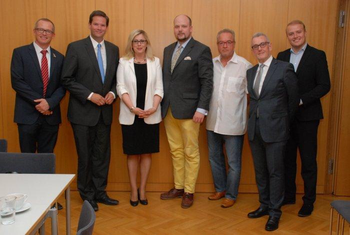 Guenter Fehlinger, Lukas Mandl, Njomza Emini, Philipp Jauernik, Stefan Haböck